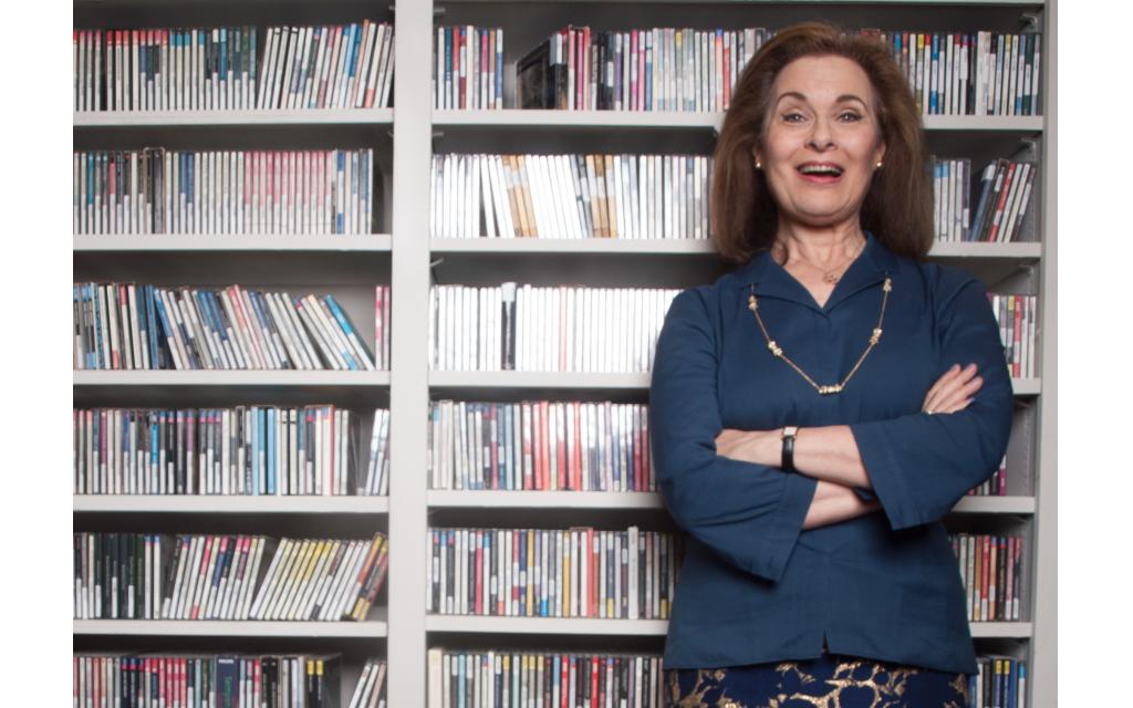 The Lowdown: Lois Reitzes
