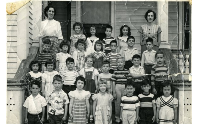Third grade nursery school at the B.B. Jacob in Savannah, Ga., in 1949. Simone Broome Wilker is in the first row, fourth from left, with blonde hair, and Murray Jacobson is in the second row from the bottom, sixth from left, in a striped shirt.