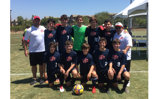 Mike Wolff (top right) with his team at last year's Maccabi Games in Orange County, Calif.
