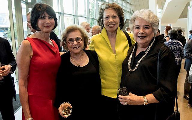 Debbie Neese, Judith Taylor, Valerie Jackson, Elaine Alexander enjoy the recent awards dinner.