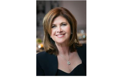 Robin Blass leads a Top 100 rated real estate team in the country.