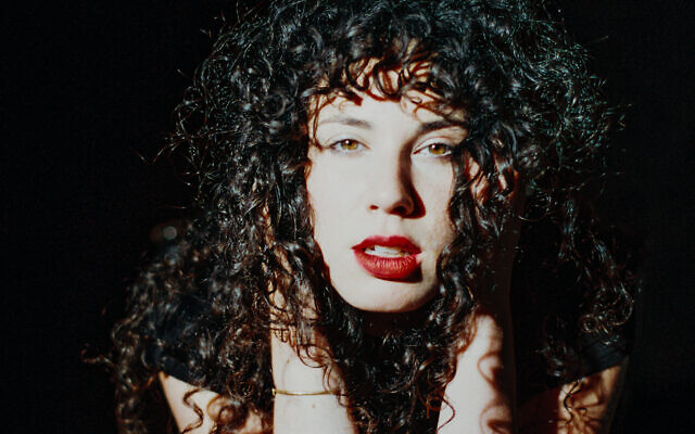 Hannah Zale is a singer and bandleader who performs as a solo artist and with the band Zale and The Pussywillows.