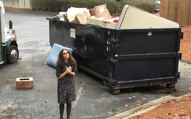 Audrey Galex has collected more than 500 photos of abandoned mattresses.