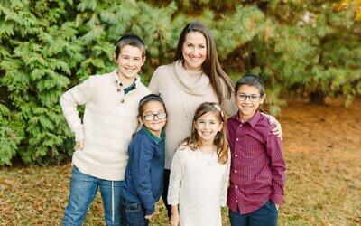 Photos by Meghan Beth Photography // Rachel Wasserman with her children.