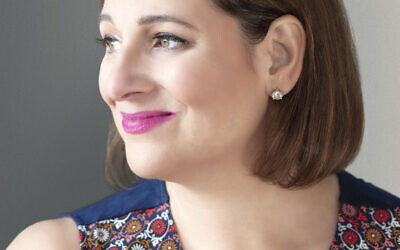Photo by Andrea Cipriani Mecchi // Jennifer Weiner Zoomed with 350 fans about social media, parenting girls, and her path to writing best-sellers.