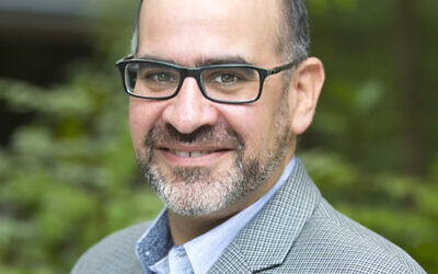 After eight years at Emory's Institute for the Study of Modern Israel and its sister, the Center for Israel Education, Richard Walter said he was ready for a new challenge.