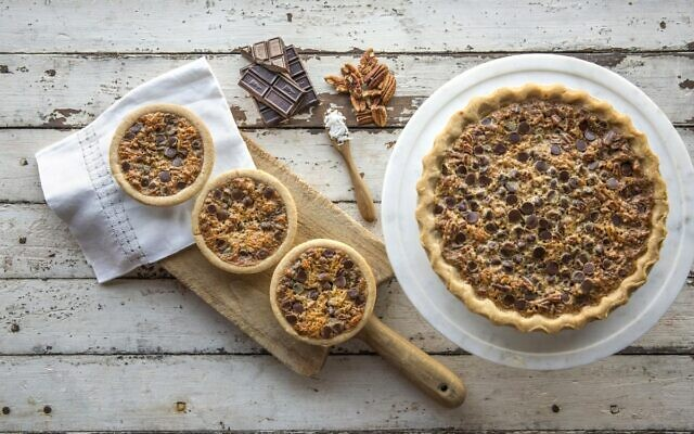 Food That Rocks encourages patrons to dine in, get delivery or take out with special menus and deals from participating Sandy Springs restaurants.   Buttermilk Sky Pie Shop: I-40 pecan pie