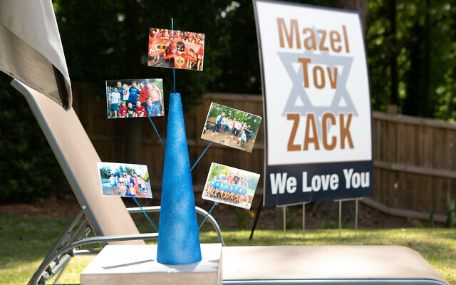 To be represented, camp friends sent a display to the yard.