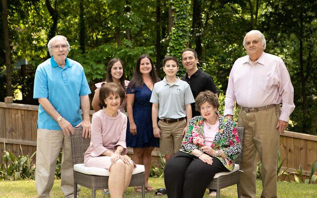 Stuart and Helen Siegel, Zoe, Debra, Zack, Phil, Susan and Stuart Schlansky.