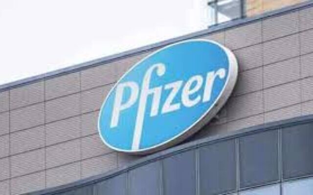 Pfizer and Moderna announce successful early results in COVID-19 vaccine trials.