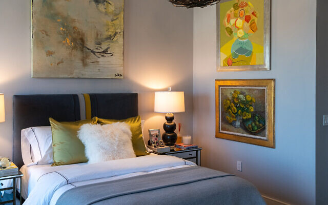 The guest bedroom fixture is from Edgar-Reeves (ADAC). The painting over the bed by Hutton Snellings and Jonathan Sobol (top), and Brock (bottom).
