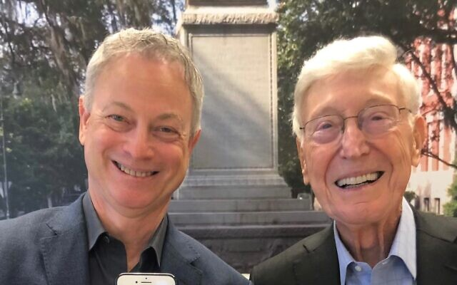 Actor Gary Sinise poses with Bernie Marcus.
