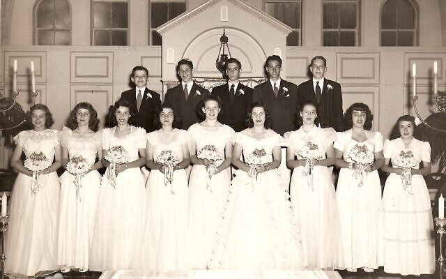 Perry's confirmation class in Chattanooga in 1947. Perry is second from right in the back row.