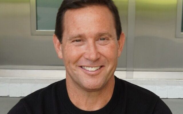 Former Atlantan and bestselling author Jon Gordon to appear at JELF fundraiser in June.