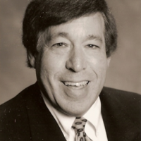 Bruce Weinstein was awarded Hillels of Georgia's Billi & Bernie Marcus Visionary Award.
