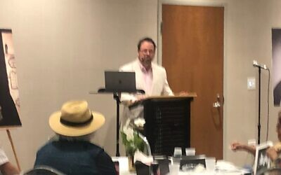 At Temple Sinai, Rabbi Brad Levenberg hailed the careers of five Southern rabbis.