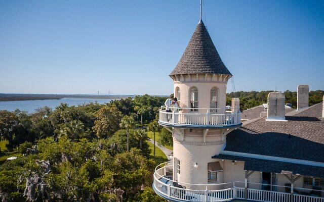 Debbie Peacock Photo & Video // The couple's suite was inside this famed Jekyll Island Club turret tower.