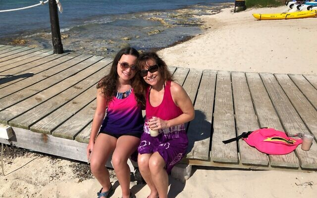 Tamara Jacobs with her daughter on a Mexico excursion.