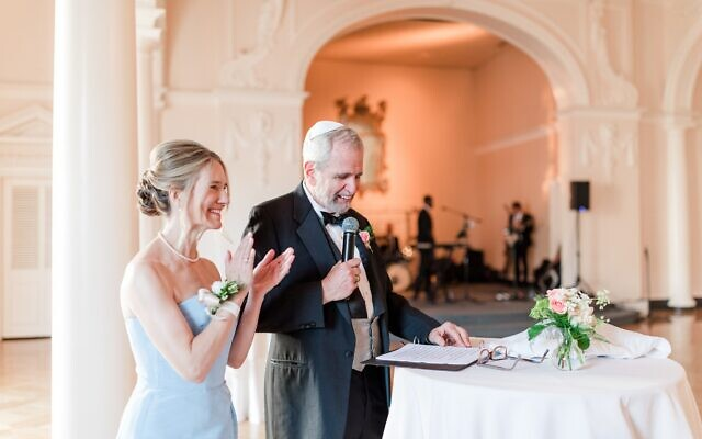 Photos by Mary Beth Marlow Photography //  The bride's father delivers a toast.