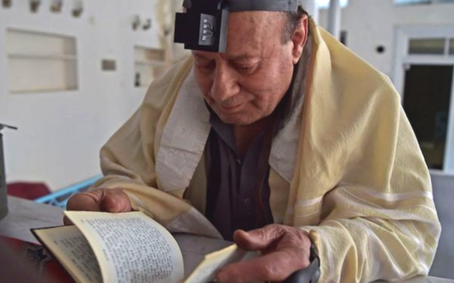 Zebulon Simontov, who has just left Afghanistan, was said to be the last Jew in the country.