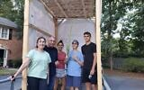 Chabad students and rabbis welcomed over 1500 people to their sukkah mobiles.