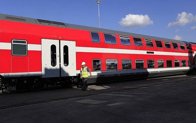 Double-decker train car (Photo credit: Tsafrir Abayov/Flash90)
