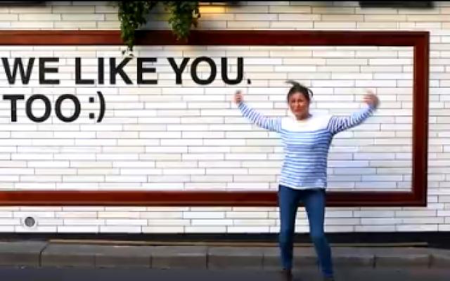 Tel Aviv is happy (Youtube screenshot)