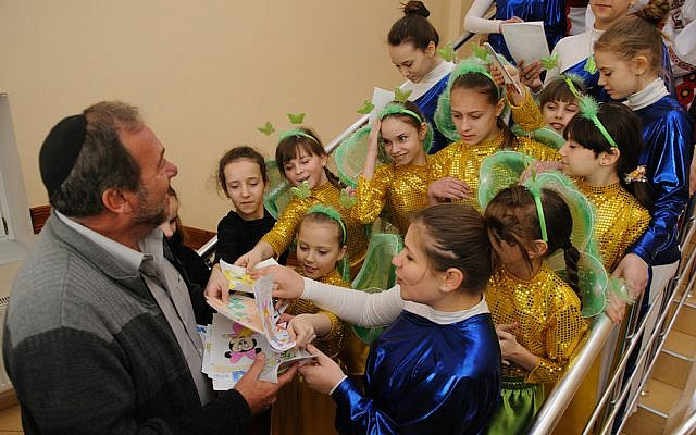Rabbi Yechiel Eckstein, President of the IFCJ, visiting Tikva children's homes in Odessa. He was moved to tears as he spoke about these children who, after so much trauma already, were now in this new crisis. (Photo courtesy of Tikva)