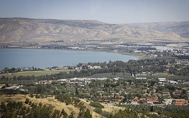 View of the Sea of Galilee, northern Israel, April 19, 2017. (Isaac Harari/Flash90)