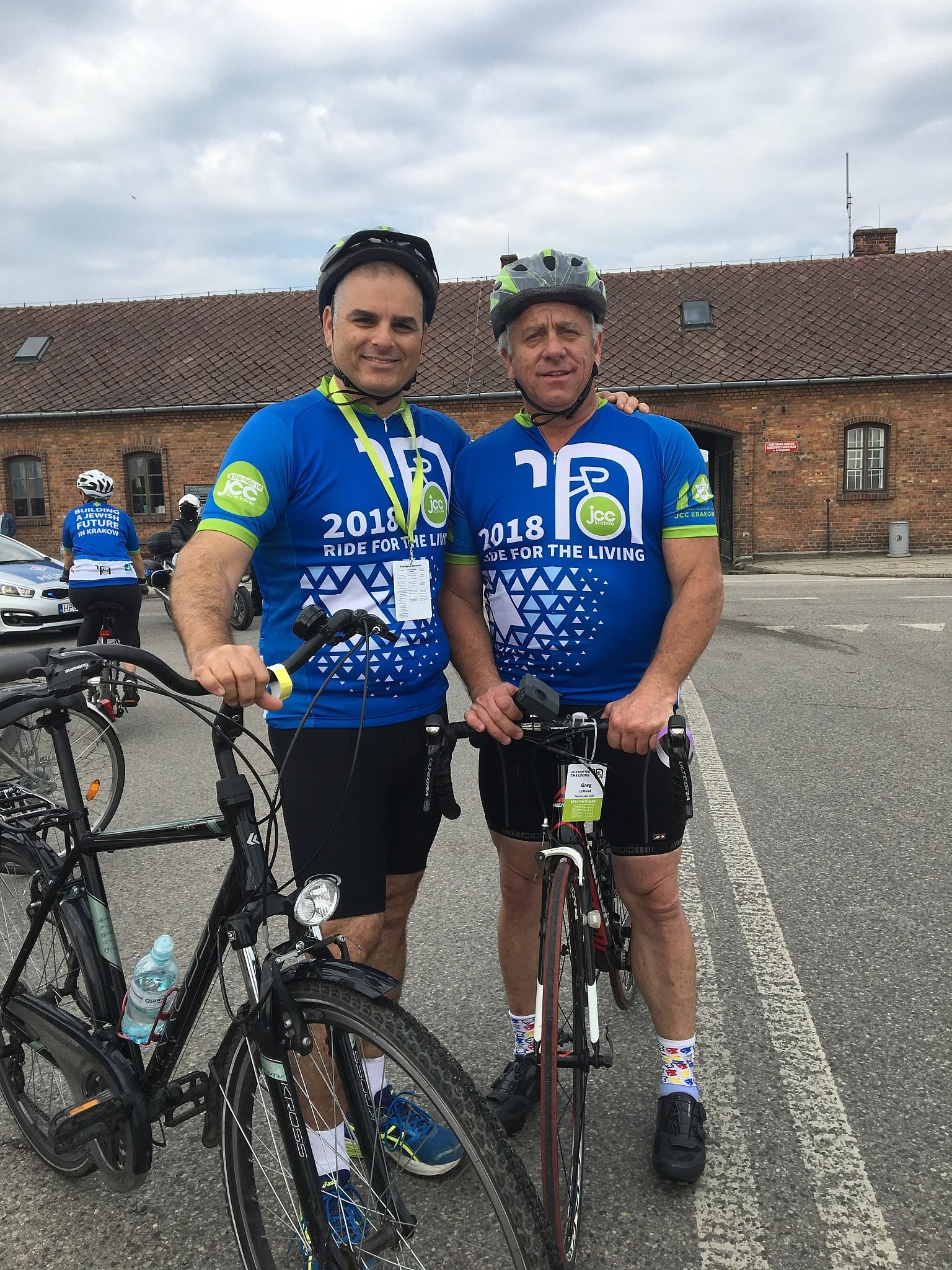 Riding with Greg LeMond  5cda0274e