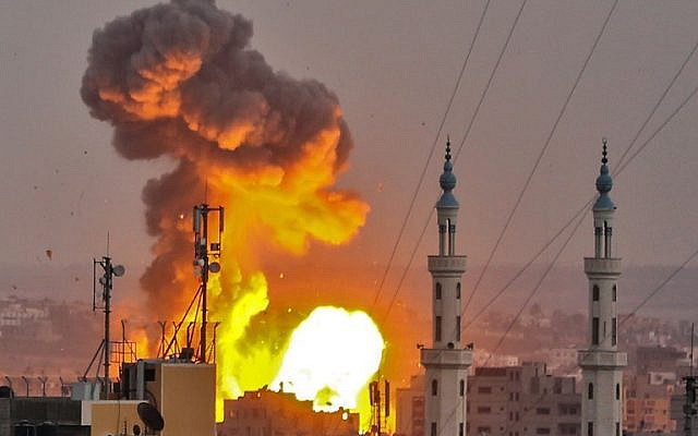 A picture taken on July 20, 2018 shows a fireball exploding in Gaza City during Israeli bombardment. (AFP Photo / Bashar Taleb)