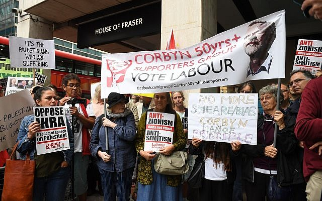 Activists outside a meeting of the Labour National Executive Committee. (Photo credit: Stefan Rousseau/PA Wire via Jewish News)