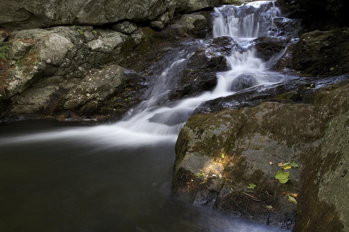 Singing Out Water From The Rock Tikva Blaukopf Blogs Snap Circuits Light Big Pinterest Illustrative Waterfall Rocks Pixnio