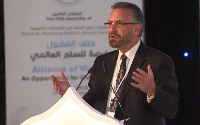 Rabbi David Rosen in the UAE over Chanukah