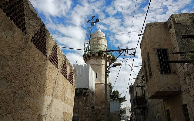 The Mosque of Huzaifa ibn al-Yamani as photographed from in front of the church. (Bill Slott)