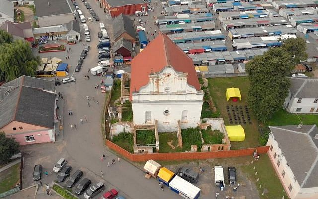 Aerial view of the Great Synagogue of Slonim, undergoing renovation. (Courtesy)