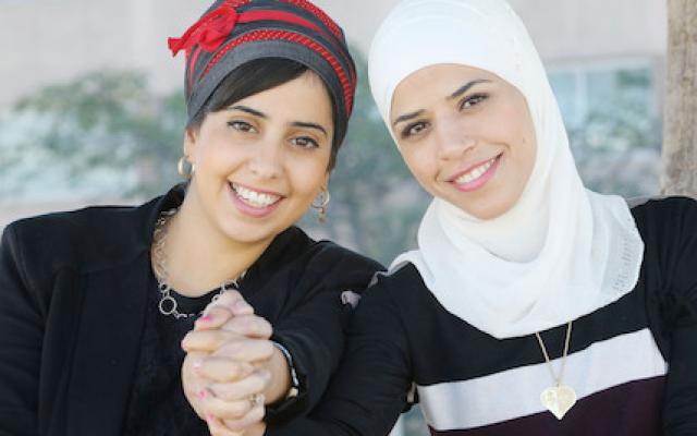 "Elinor (Jewish) and Salma (Muslim) become friends on the Israeli TV show ""Master Chef"" source: Mako"