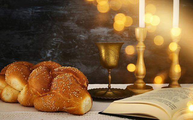 Shabbat table. (Shutterstock)