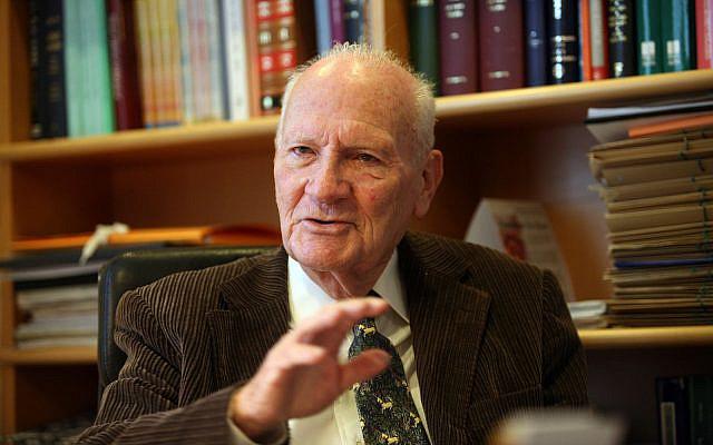 Supreme Court President (Emeritus) Meir Shamgar.November 20 2008. (Yossi Zamir/Flash90)