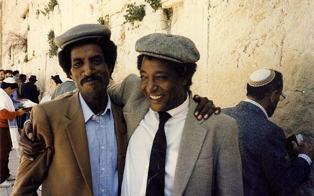 Aklum Ferede (L) & Baruch Tegegne (R) at Wall in Jerusalem