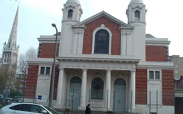 The outside of the Egerton Road Synagogue, now the Bobov hasidic Bet hamedrash in Stamford Hill
