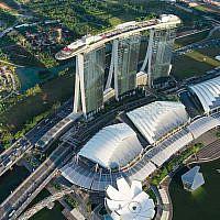 Marina Bay Sands, Singapore. Moshe Safdie Architects.