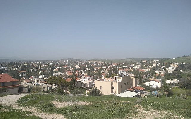 Metar - a community of 10,000 people in the Northern Negev, today