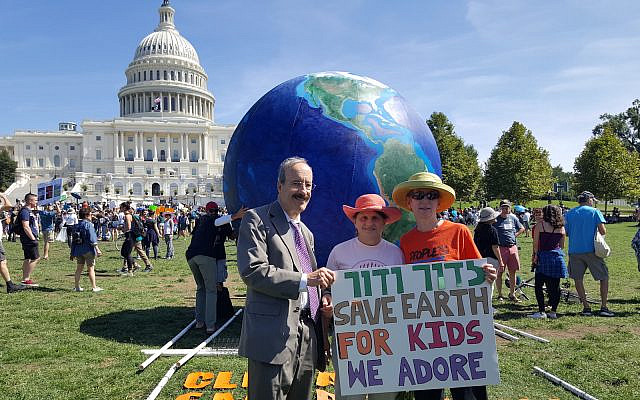 JewiSh Earth Alliance with Rep. Eliot Engel in Washington DC (courtesy)