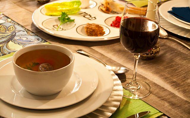 Passover table (Jewish News)