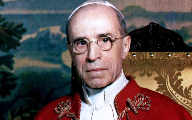 Pius XII (Wikipedia/Source: http://mundabor.wordpress.com/2013/05/25/beati-simplicissimi/ Author: Michael Pitcairn via Jewish News)