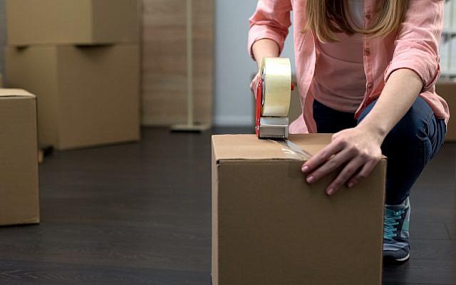Moving. (iStock)