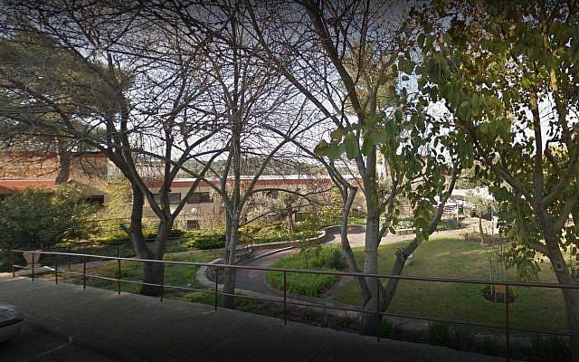 The nursing home, Beit Eliezer, in Maalot-Tarhisha. (from Google street view)