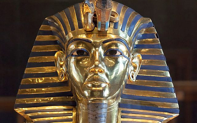 Tutankhamun's golden mask. (CC BY-SA, Roland Unger/ Wikimedia Commons)
