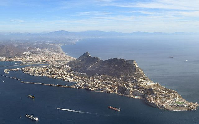Gibraltar from above (Wikipedia / AuthorAdam Cli / Attribution-ShareAlike 4.0 International (CC BY-SA 4.0)  https://creativecommons.org/licenses/by-sa/4.0/legalcode / Via Jewish News)